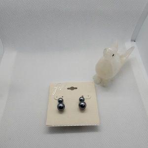 NWT Gigi 2 Pairs of Earrings
